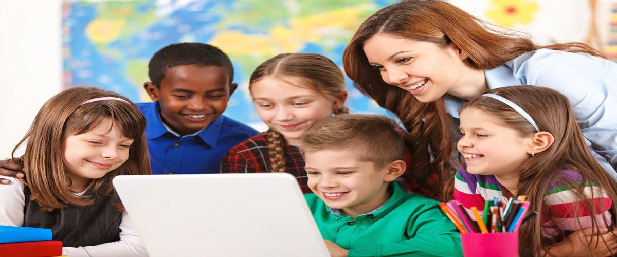Computer+children+teacher